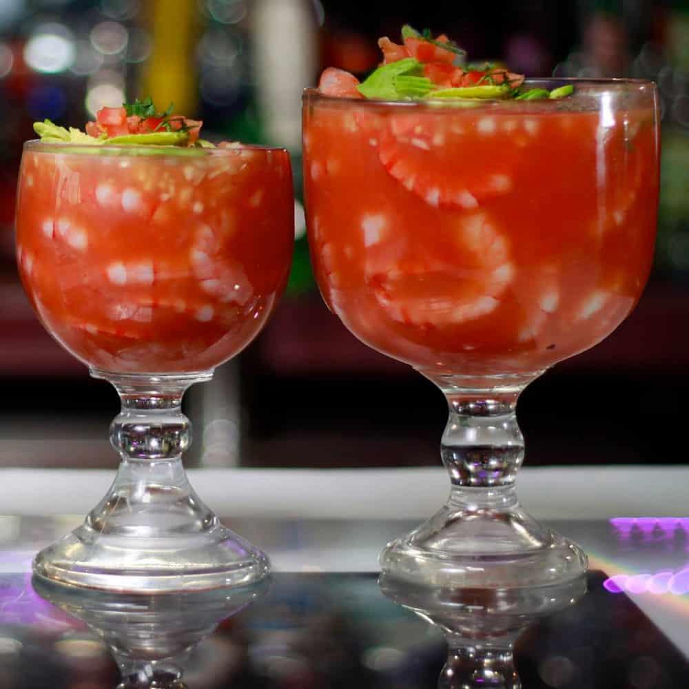 Cocteles de Camarón (Shrimp Cocktail)